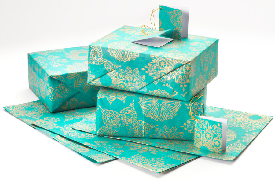357637-teal-gold-snowflake-gift-wrap-set-of-4-new