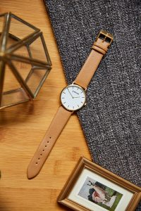Votch Classic Collection Tan Gold Watch