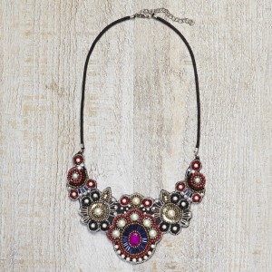274525-BEADED-NACKLACE