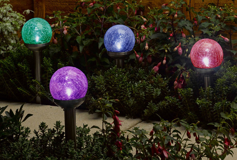 Gorgeous garden solar lights and accessories